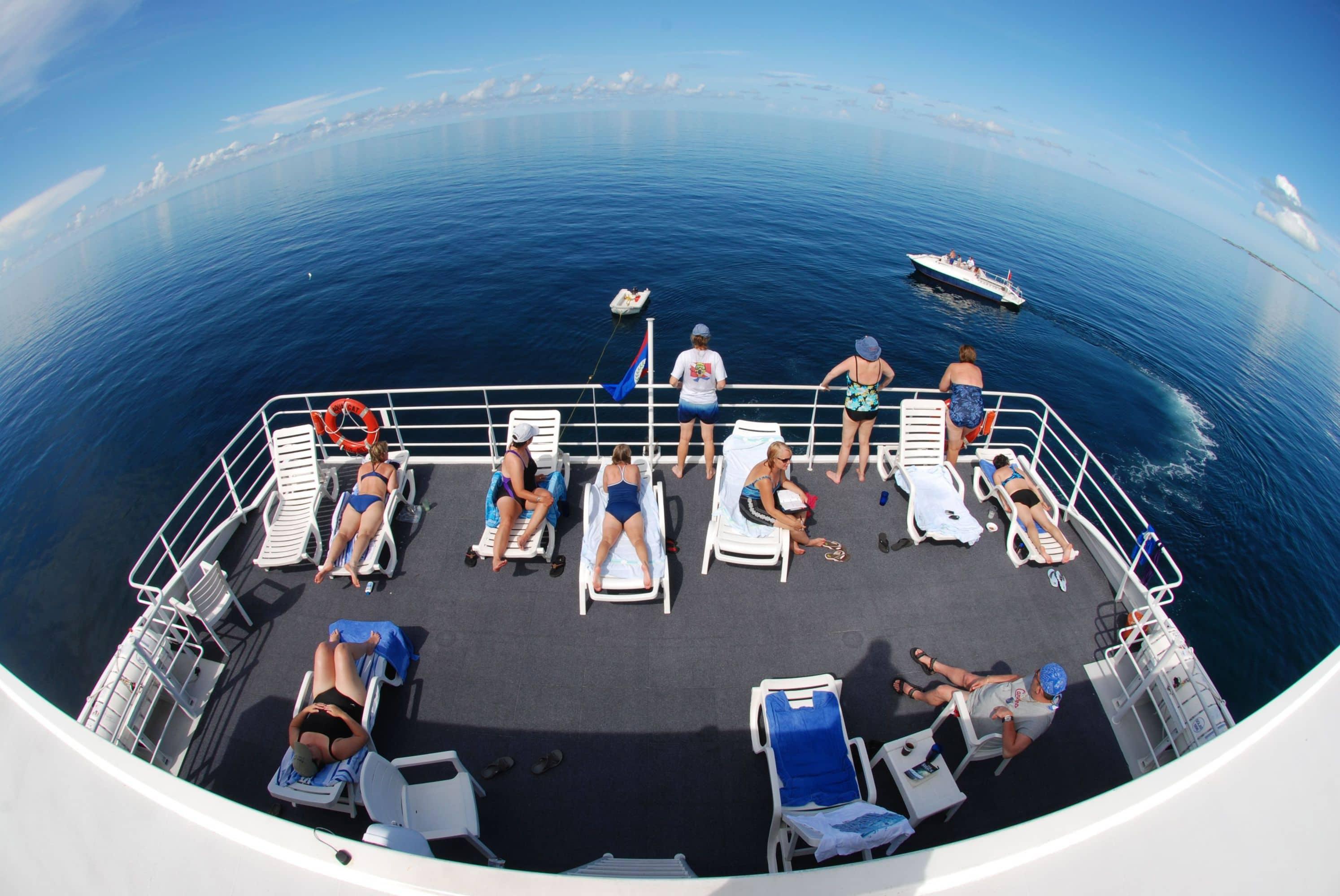 The sun deck on the Bahamas dive liveaboard Aqua Cat