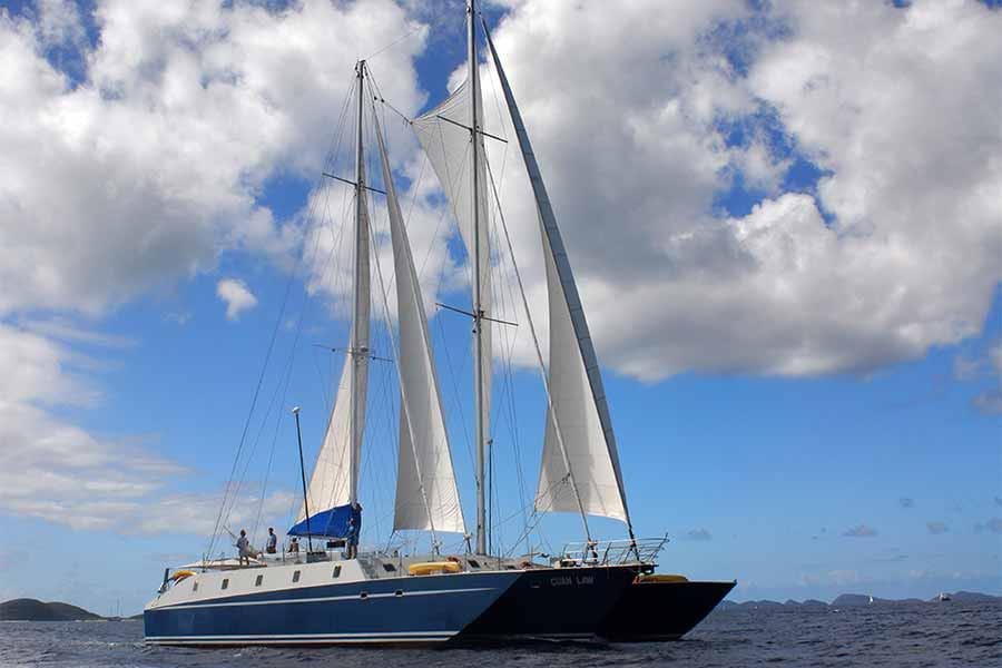Caribbean dive liveaboard Cuan Law cruises the British Virgin Islands