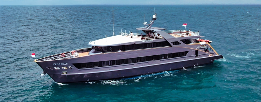 Dive liveaboard Velocean is one of 2 All Star Indonesia dive liveaboard's