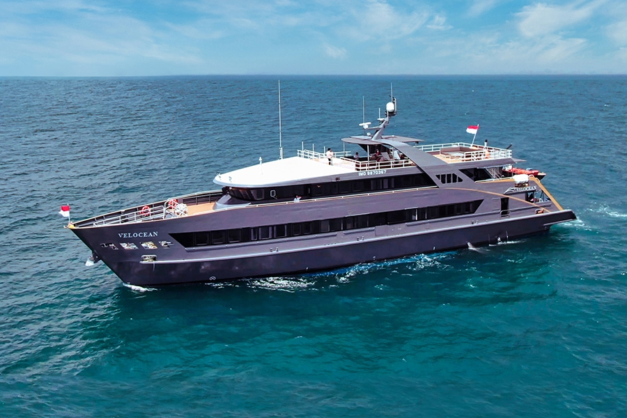 Luxury Indonesia dive liveaboard Velocean
