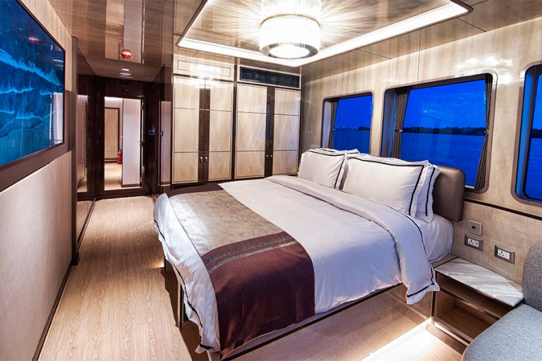 Platinum cabin on the All Star Velocean