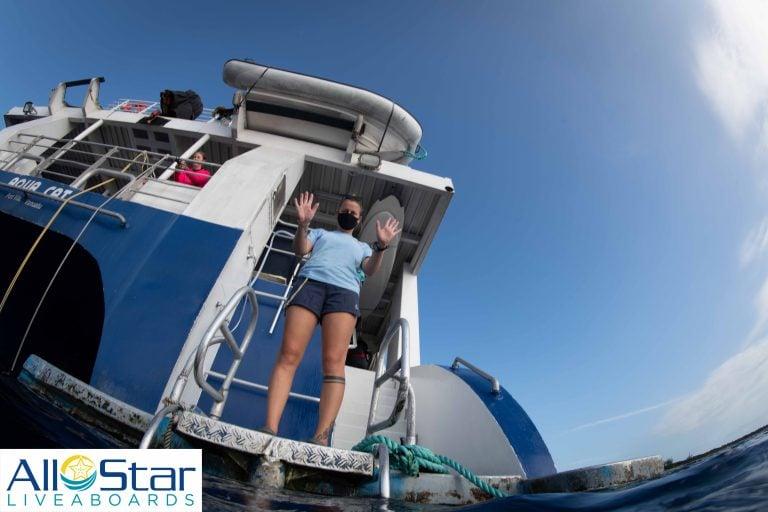 Aqua Cat Liveaboard Dive Instructor Mask