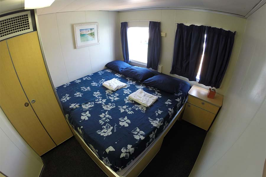 King cabin on the scuba diving liveaboard Aqua Cat